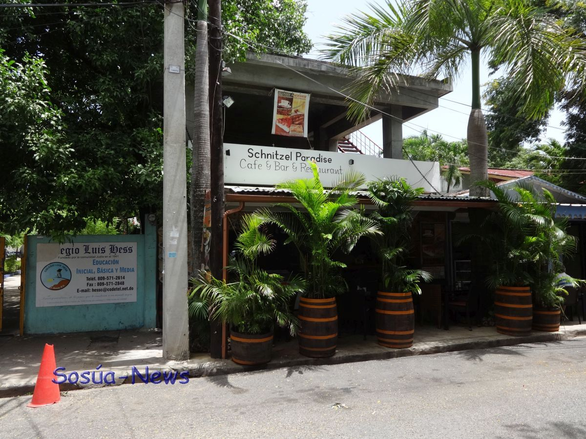 Schnitzel Paradise Cafe & Bar & Restaurant