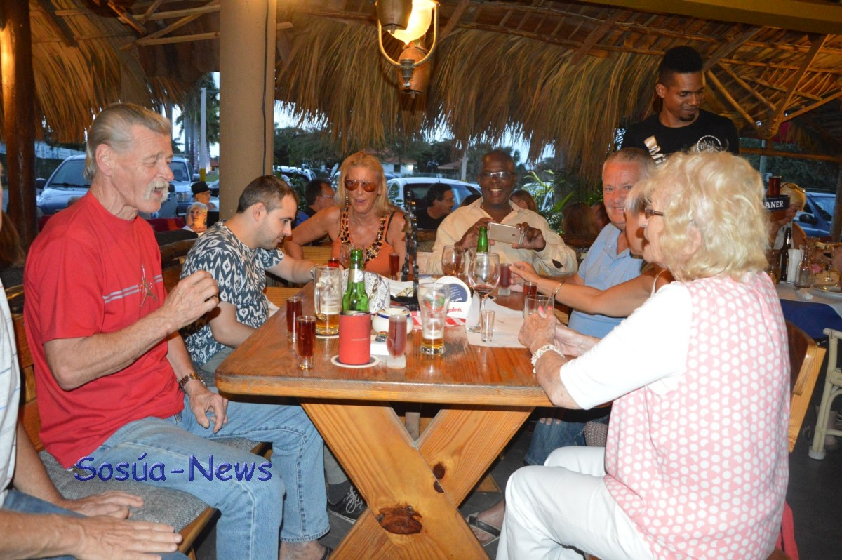 Island Breeze Band @ Parada Tipica el Choco (Aperitivo in Vivo)